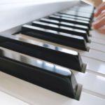 チョン・ヨンフンのプロフィールや作詞・作曲した曲を紹介!HALOって何?